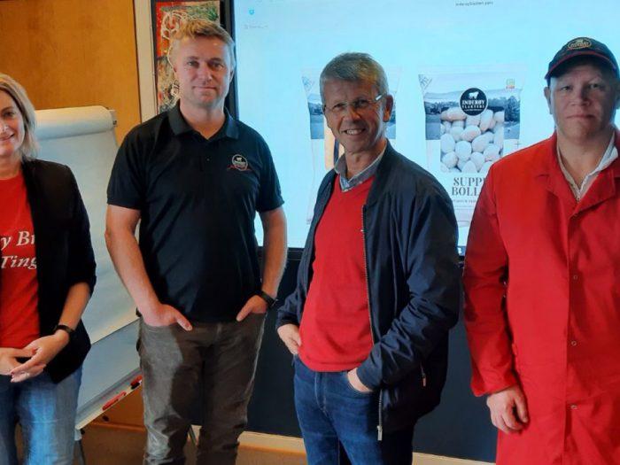 Fra venstre: Maj Britt Lagesen, Håvard Gausen, Terje Sørvik og Espen Sundby (tillitsvalgt)